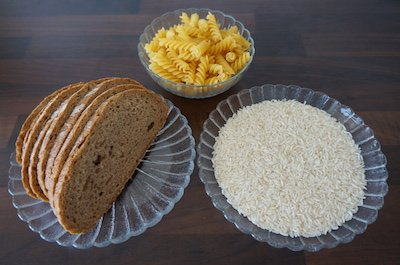Brot und Reis als gesunde Kohlenhydratquelle