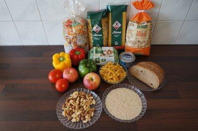 Auswahl an Nahrungsmitteln für eine optimale Ernährung